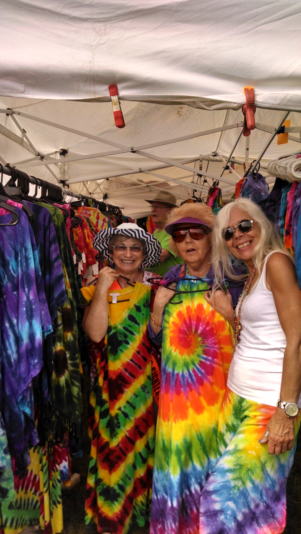 Festival Eyes 2014 Tie Dye Booth.png