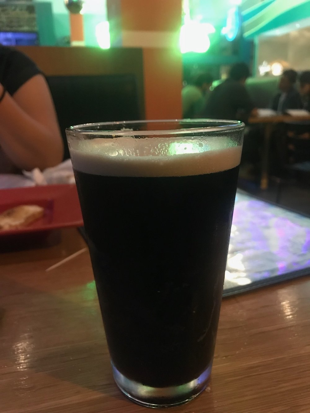 Kenny's sub-par Guinness at Mellow Mushroom.