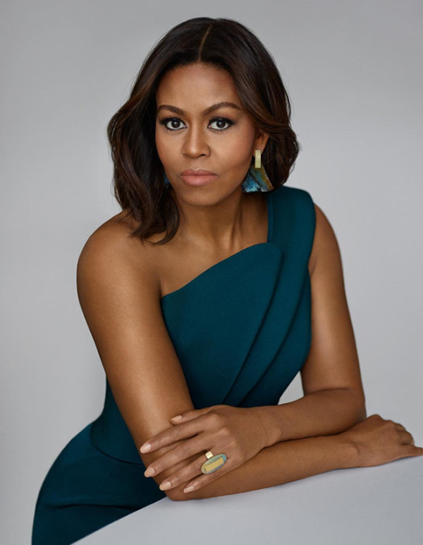 First Lady Michelle looked striking and elegant for Instyle magazine.