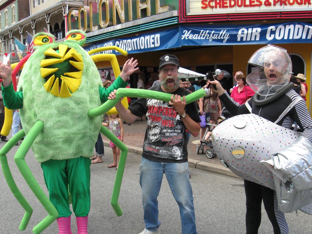 blobfest_2011_aliens3.jpg