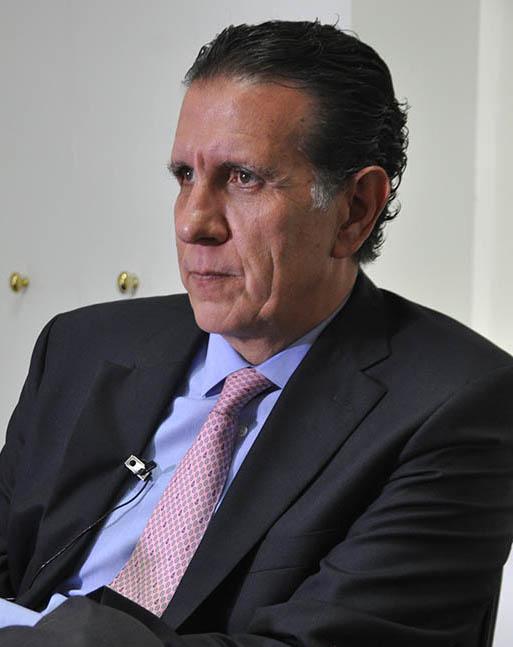 Adrián Escofet Cedeño Director Ejecutivo, Zapoteca de Energía desde 2013 y Presidente, Asociación Mexicana de Energía Eólica (AMDEE).
