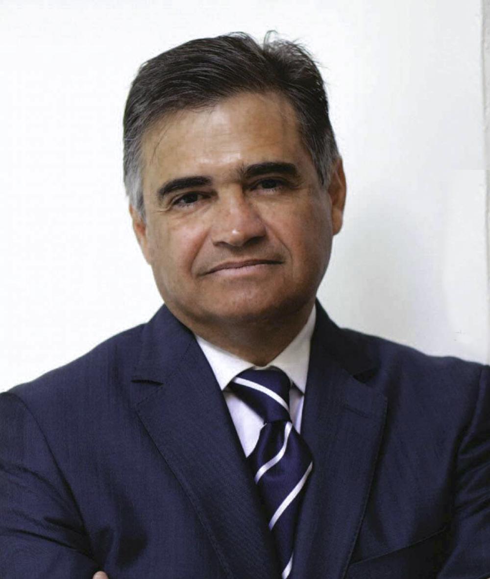 Héctor Olea Presidente y CEO, Gauss Energía.