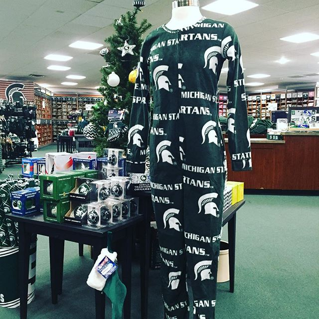 Every morning can be like Christmas morning with your #msu footie pjs!!! #michiganstate #spartyon #gogreengowhite #spartans
