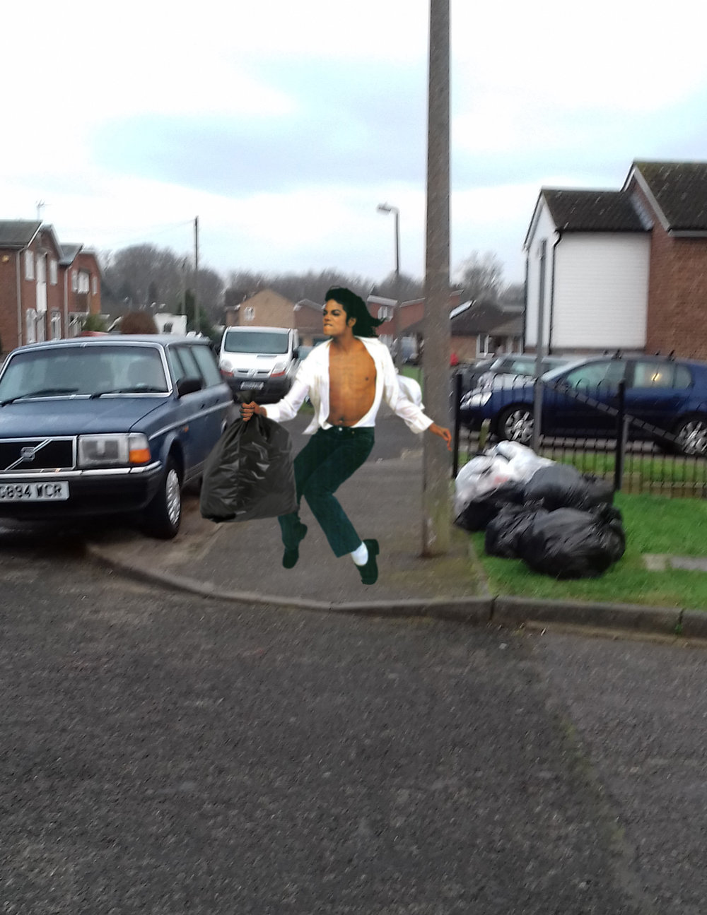 Spotted earlier today, Mister Jackson puts the bins out