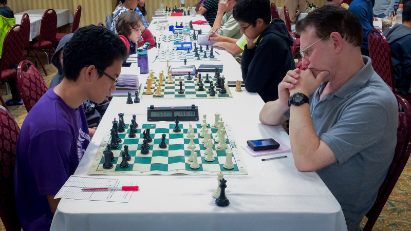 Michael Catacutan (1411) (L) vs Mark Siegel (1620) (R), U1700 Section, Round 4, CFCC Orlando Autumn Open