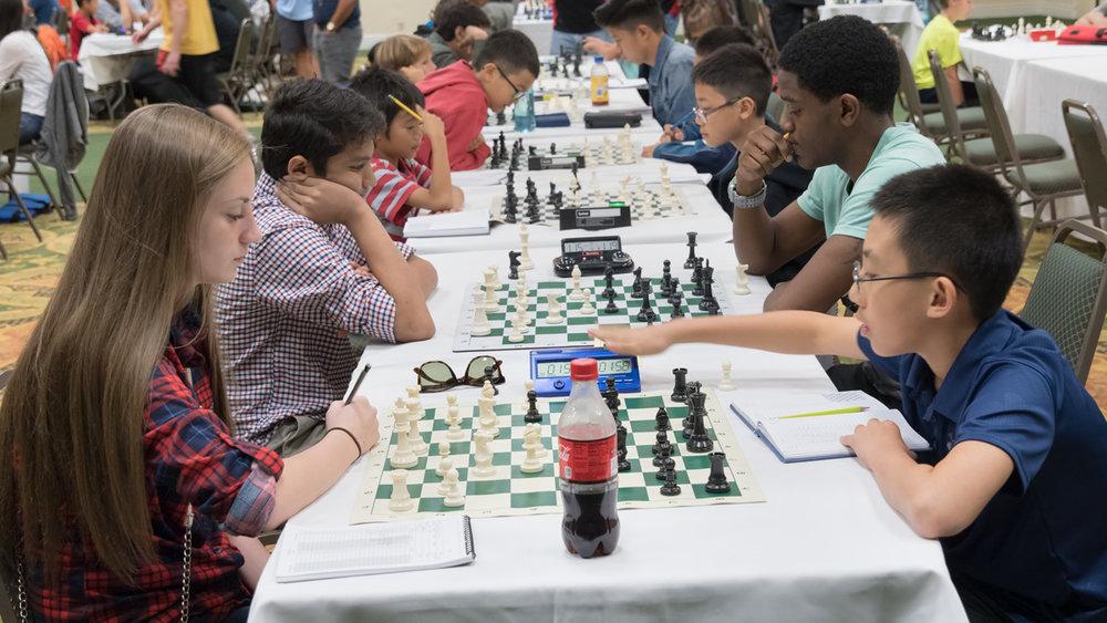 U1200 Round 2: Jayda Hooker (L) vs Henry Chen (R)