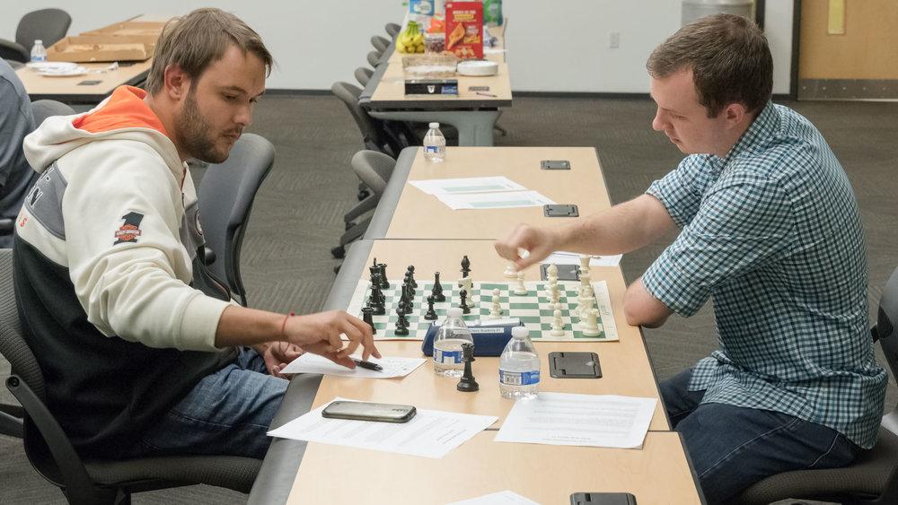 Final Round, Board 1, FM Dalton Perrine (R) (2270) vs NM Martin Hansen (L) (2230)