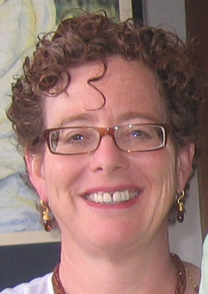 Resume Betsy Bauer