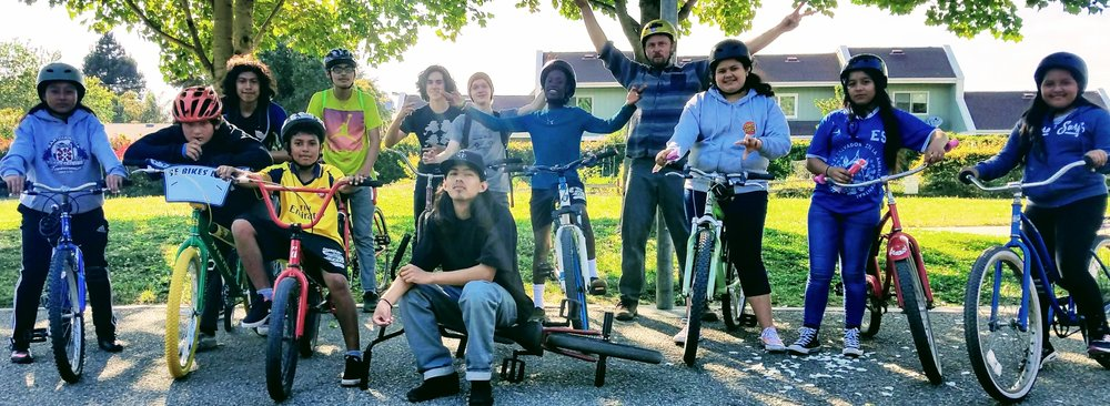 Live Oak Earn-a-Bike mentors and participants, Spring 2018