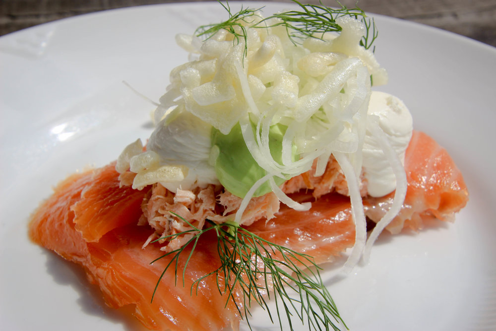 Smoked salmon in 2 ways with dill hollandaise, smoked cheese and cabbage