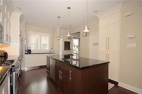 simpson kitchen.jpg
