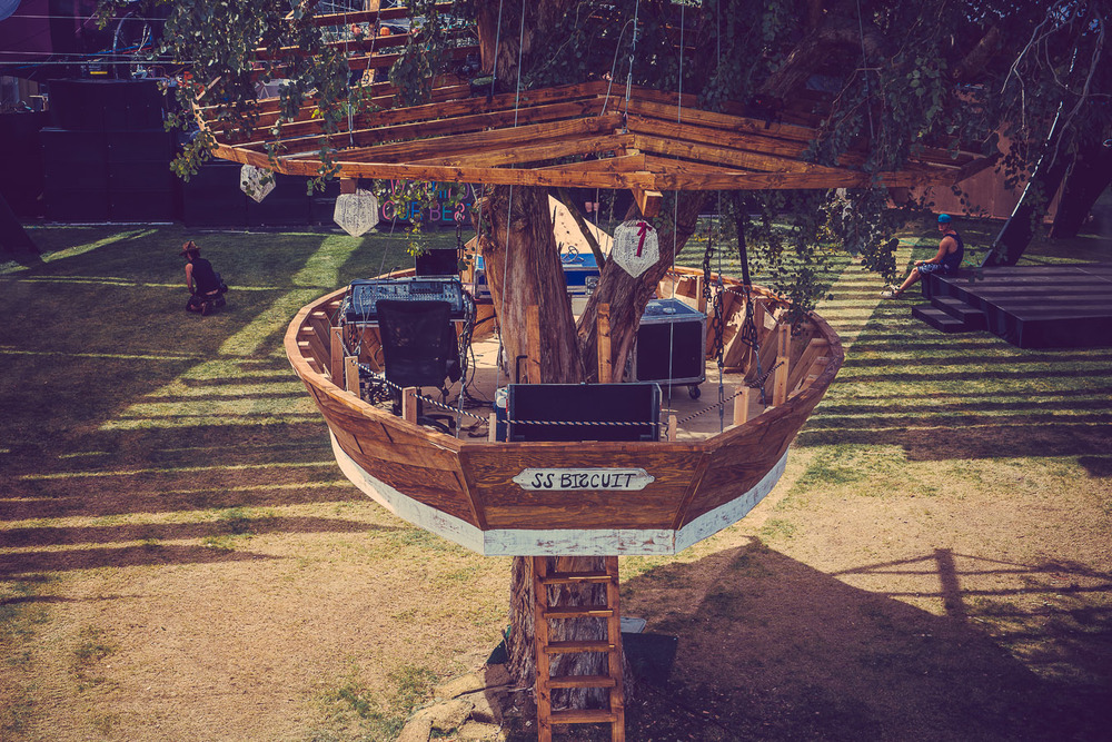 coachella-2015-dolab-tree-house-hunter-leggitt-studio-10.jpg