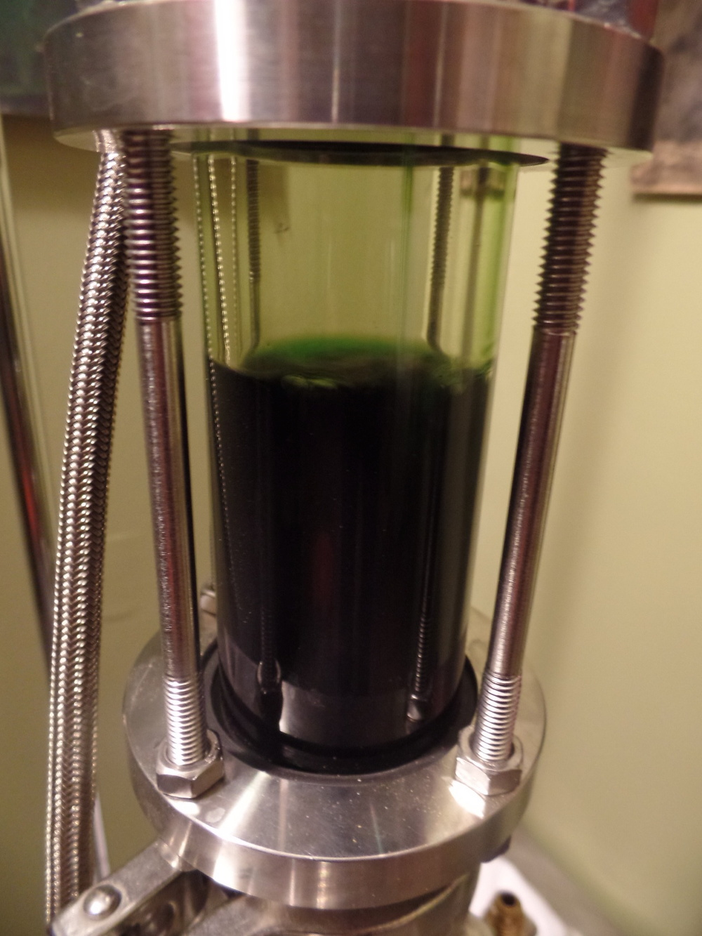Alcohol Extraction via Soxhlet under vacuum with organic grape alcohol. This method produces the same yields as CO2 Extraction at a fraction of the cost.