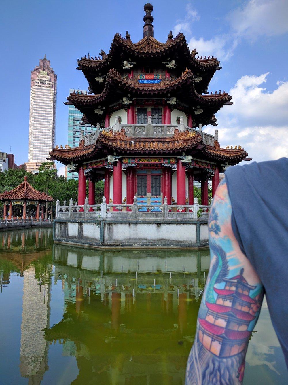 Pagoda brothers // Taipei