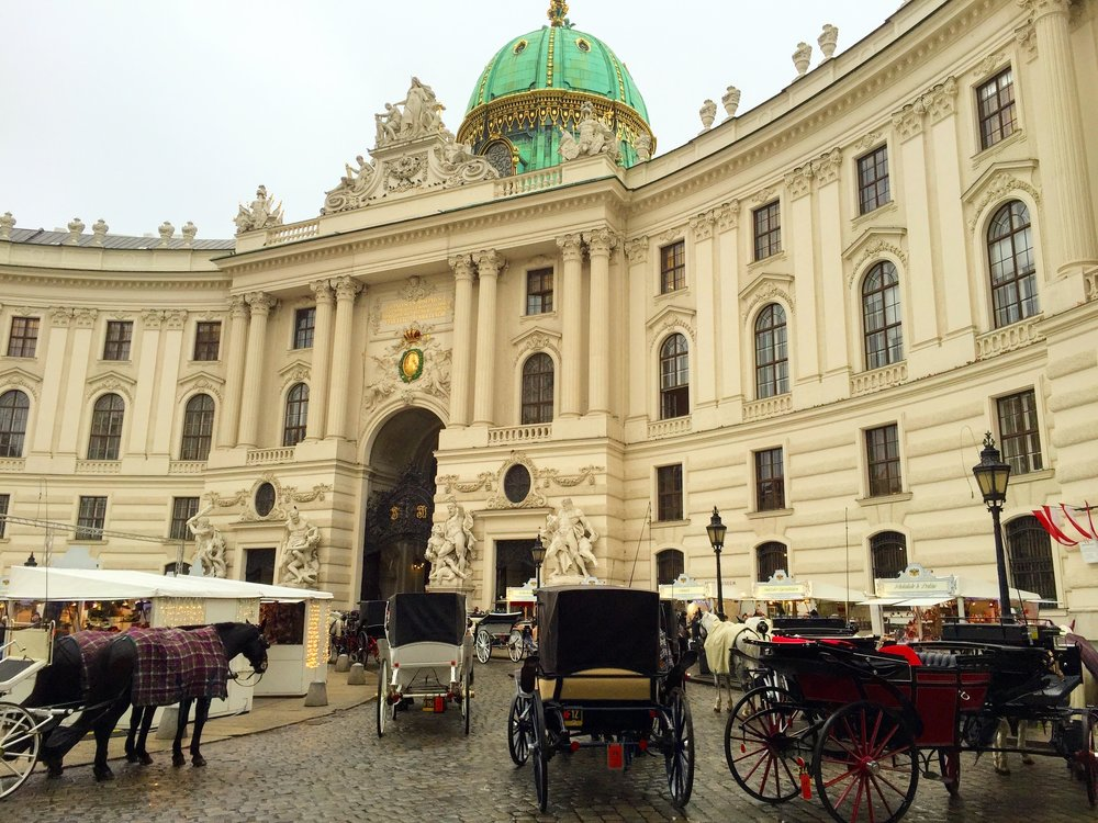Love that they fit this little Christmas market next to Hofburg Palace // Vienna, Austria