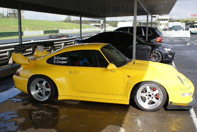 Yellow 993 GT2 EVO (2).JPG