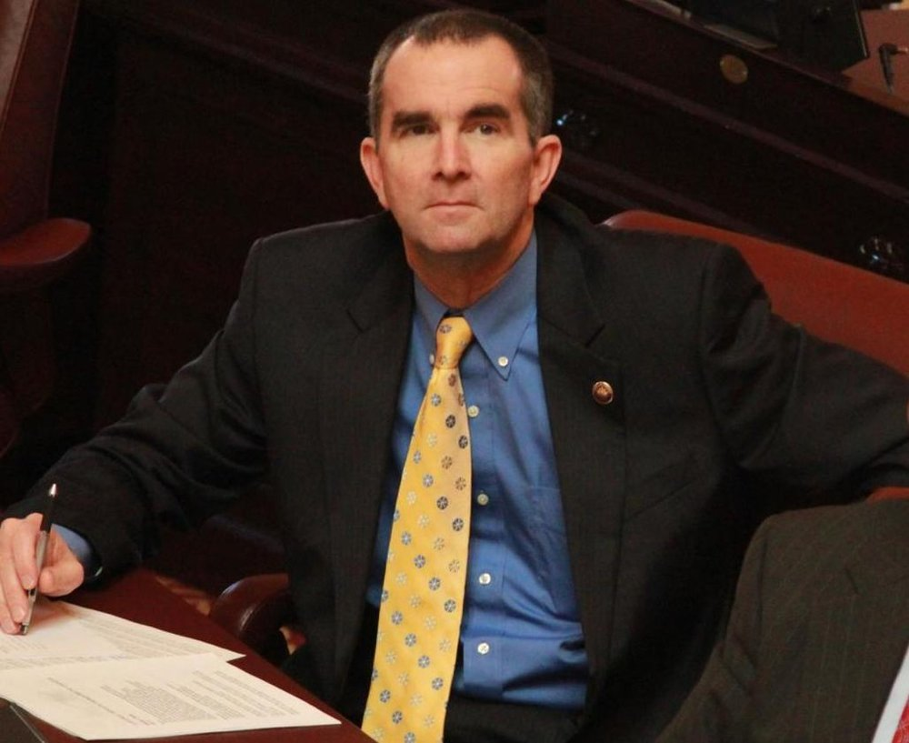 Ralph Northam , Attribution: Lee District Democratic Committee  CC BY 2.0 , via Wikimedia Commons