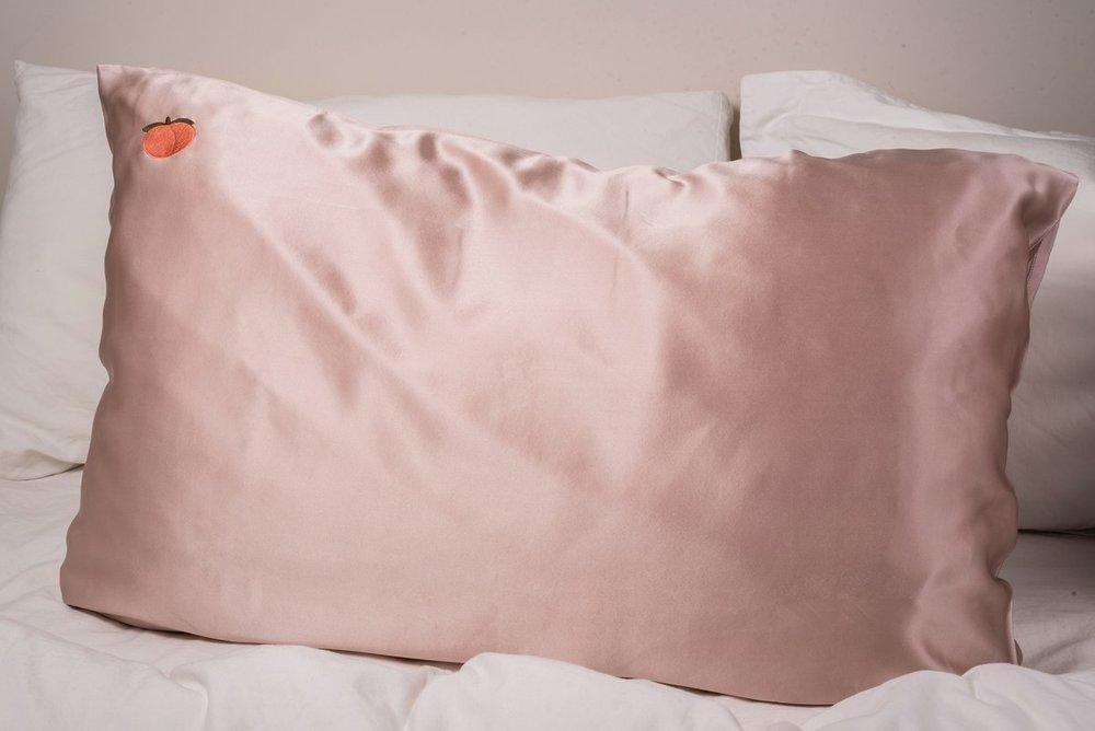 silk game peachy pillowcase