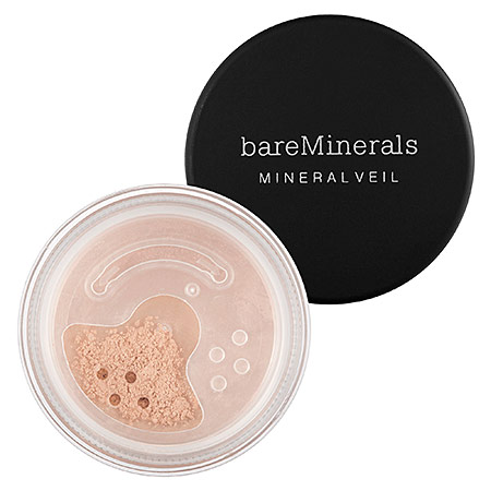 Bare MineralsMineral Veil - Finely milled, perfect for under foundation. Prevents oil from seeping through and lightweight.