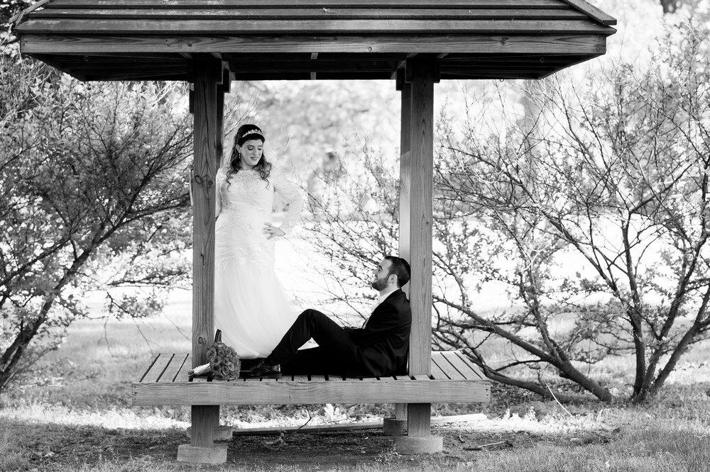 Orthodox Jewish Wedding, Dyker Beach Park and Golf Course, Brooklyn, New York, Photo by Chaim Schvarcz, Bride and Groom Portraits, Golf Club