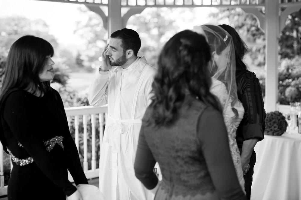 Orthodox Jewish Wedding, Dyker Beach Park and Golf Course, Brooklyn, New York, Photo by Chaim Schvarcz, Bride, Groom, Chuppah, Huppah