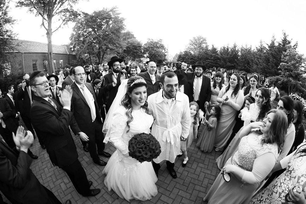 Orthodox Jewish Wedding, Dyker Beach Park and Golf Course, Brooklyn, New York, Photo by Chaim Schvarcz, Bride, Groom, Newlyweds