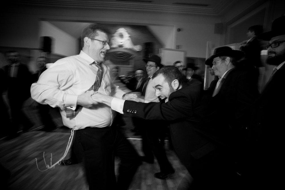Orthodox Jewish Wedding, Dyker Beach Park and Golf Course, Brooklyn, New York, Photo by Chaim Schvarcz, Dancing
