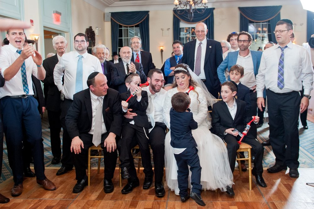 Orthodox Jewish Wedding, Dyker Beach Park and Golf Course, Brooklyn, New York, Photo by Chaim Schvarcz, Family, Bride and Groom