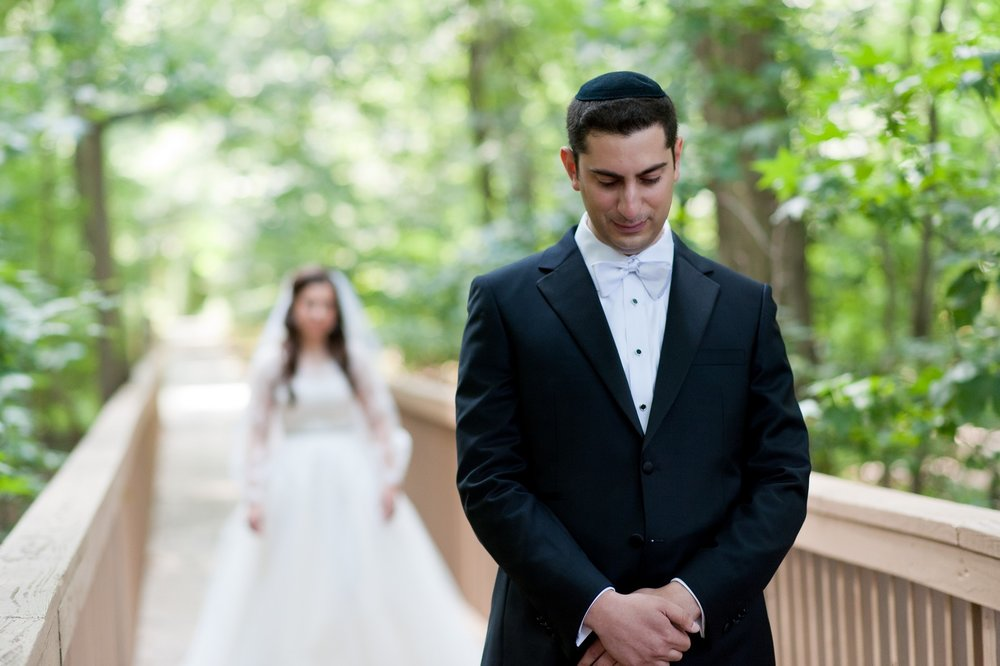 Josh and Michelle's Modern Jewish Wedding at Congregation Keter Torah, Teaneck, New Jersey Photos by Chaim Schvarcz, Bride and Groom Portraits, First Look