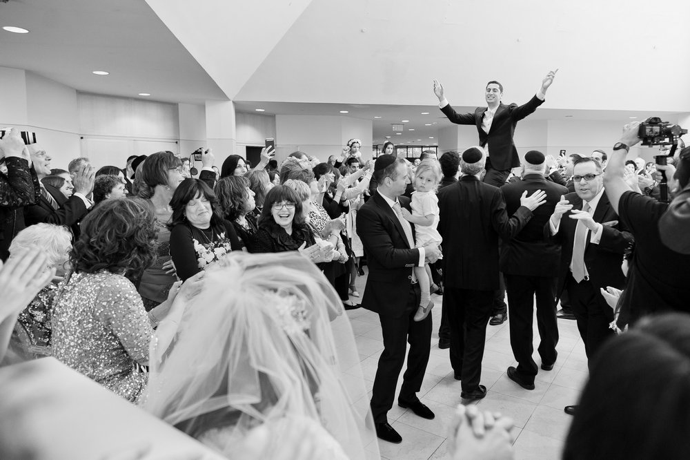 Josh and Michelle's Modern Jewish Wedding at Congregation Keter Torah, Teaneck, New Jersey Photos by Chaim Schvarcz, Bride, Bedeken, Groom, Dancing