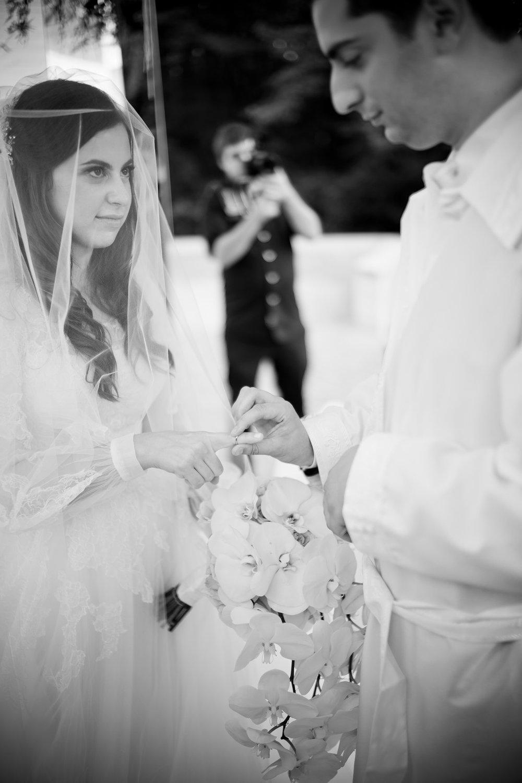 Josh and Michelle's Modern Jewish Wedding at Congregation Keter Torah, Teaneck, New Jersey Photos by Chaim Schvarcz, Chuppah, Bride, Groom, Rings