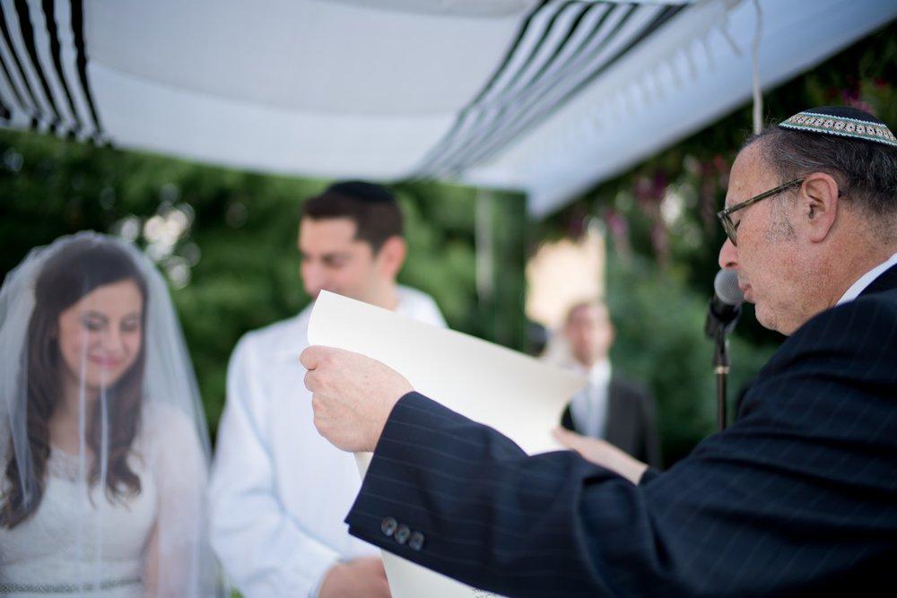 Josh and Michelle's Modern Jewish Wedding at Congregation Keter Torah, Teaneck, New Jersey Photos by Chaim Schvarcz, Chuppah, Bride, Groom, Ketubah