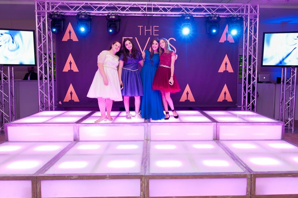 Eva's Oscar Themed Bat Mitzvah at Young Israel of New Rochelle, New Jersey, Photos by Chaim Schvarcz