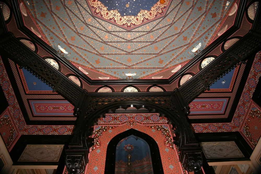McDonald Mansion, Santa Rosa: The Turkish Parlor ceiling has over 1,300 pieces of wallpaper installed within its 10 tiers!