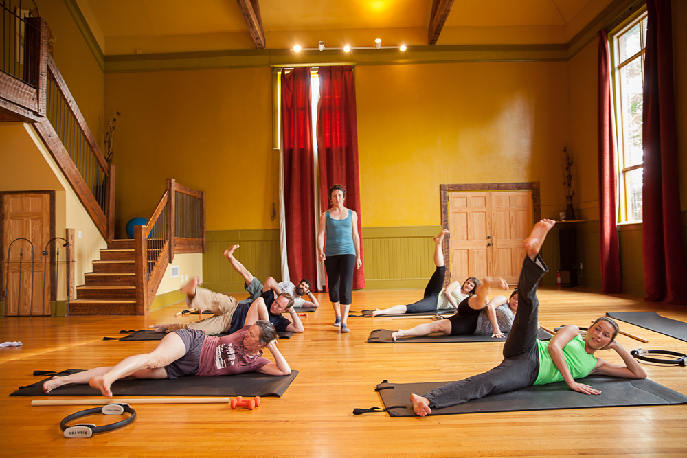 Pilates mat classes taught by Alexis Miller
