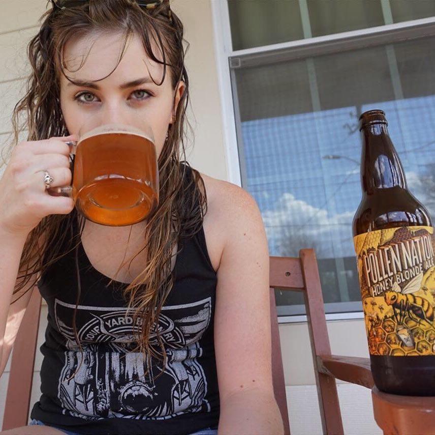 Drinkingoutsidethe box - @drinkingoutsidethebox