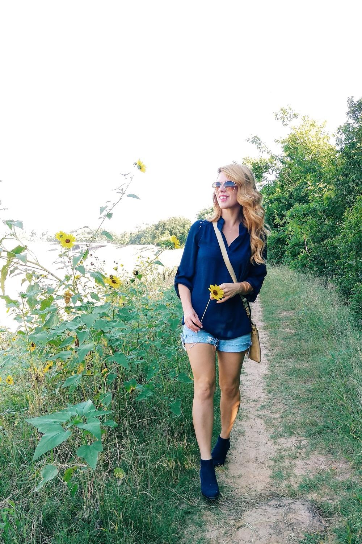 Sunflower Trail - Three Heel Clicks 3.jpg