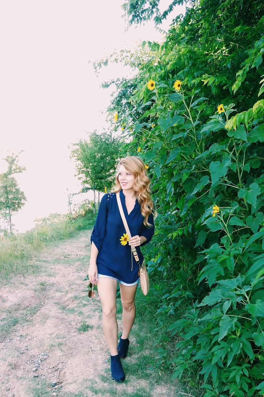 Sunflower Trail - Three Heel Clicks 14.jpg