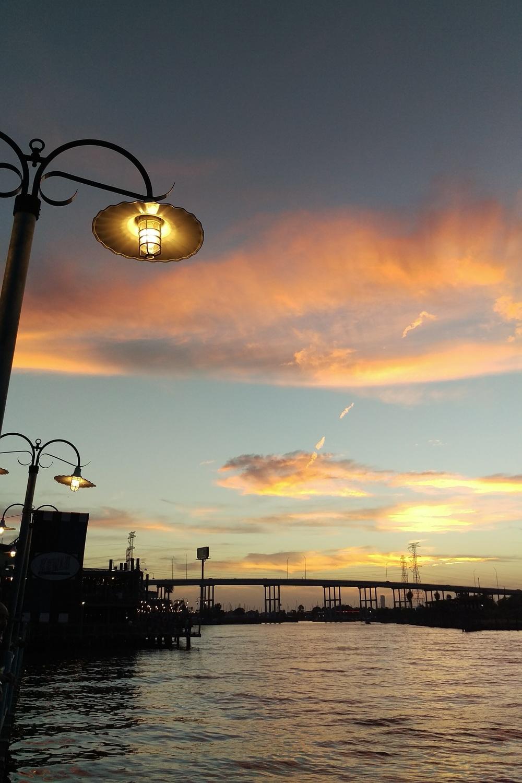 Kemah Boardwalk - Three Heel Clicks 5.jpg