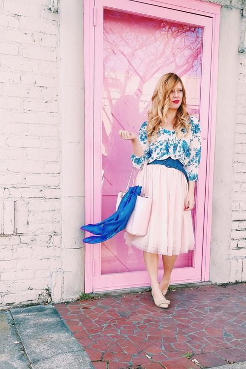 Blue+-+Pink+-+Three+Heel+Clicks+3.jpg