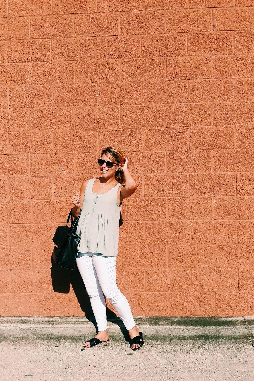 Summer White Jeans - Three Heel Clicks 2.jpg