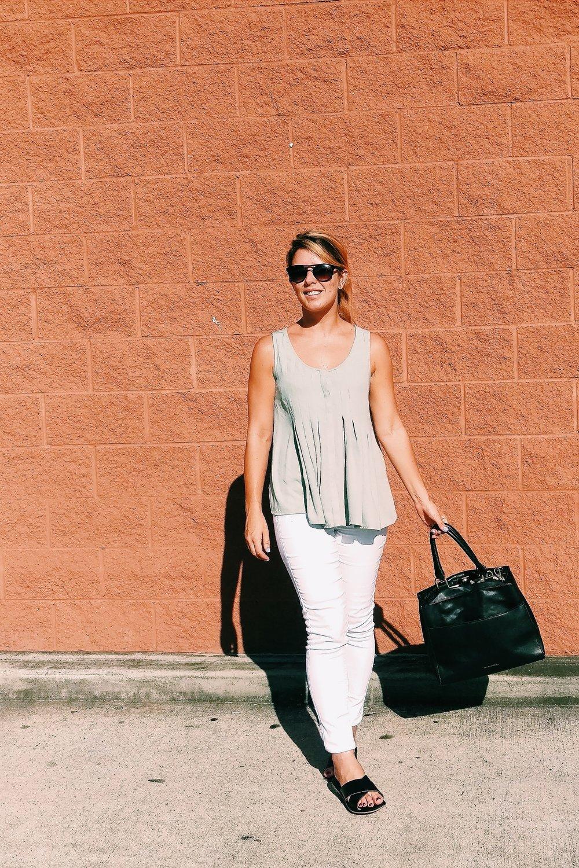 Summer White Jeans - Three Heel Clicks 3.jpg