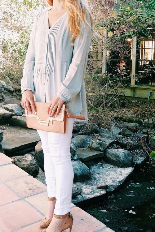 White+Jeans+-+Three+Heel+Clicks+15.jpg