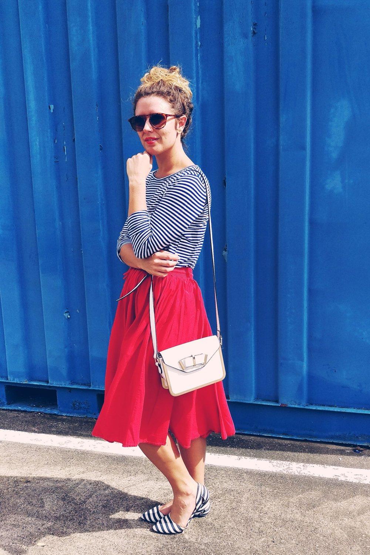 Red - Blue - Three Heel Clicks 9.jpg