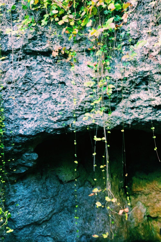 Cascade Caverns - Three Heel Clicks 17.jpg