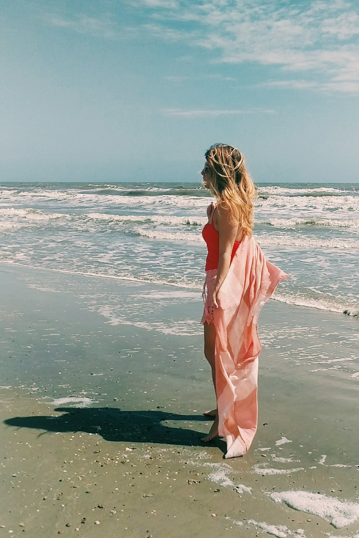 Beach Picnic - Three Heel Clicks 6.jpg