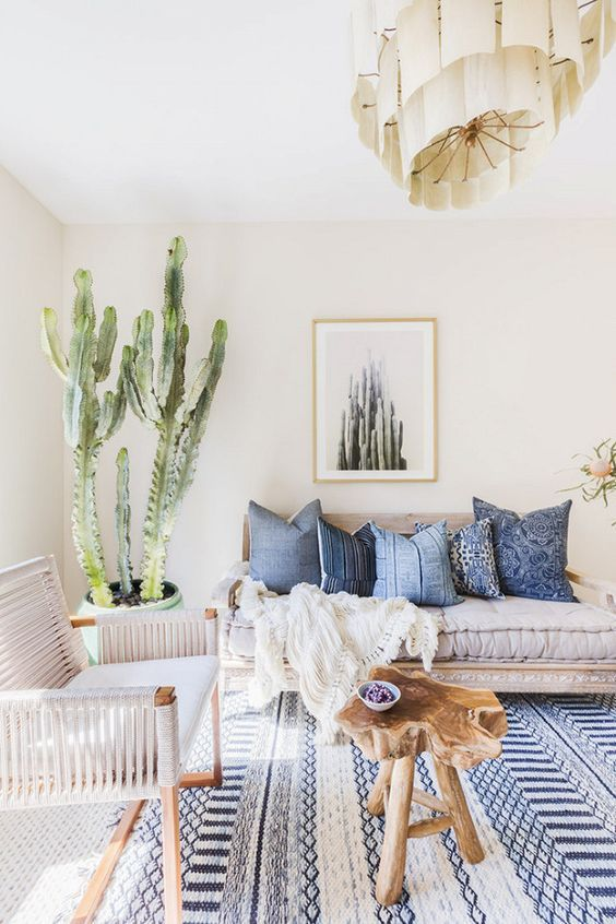 Daily Dose of Style - Three Heel Clicks - Blue and White Interiors - Four.jpg