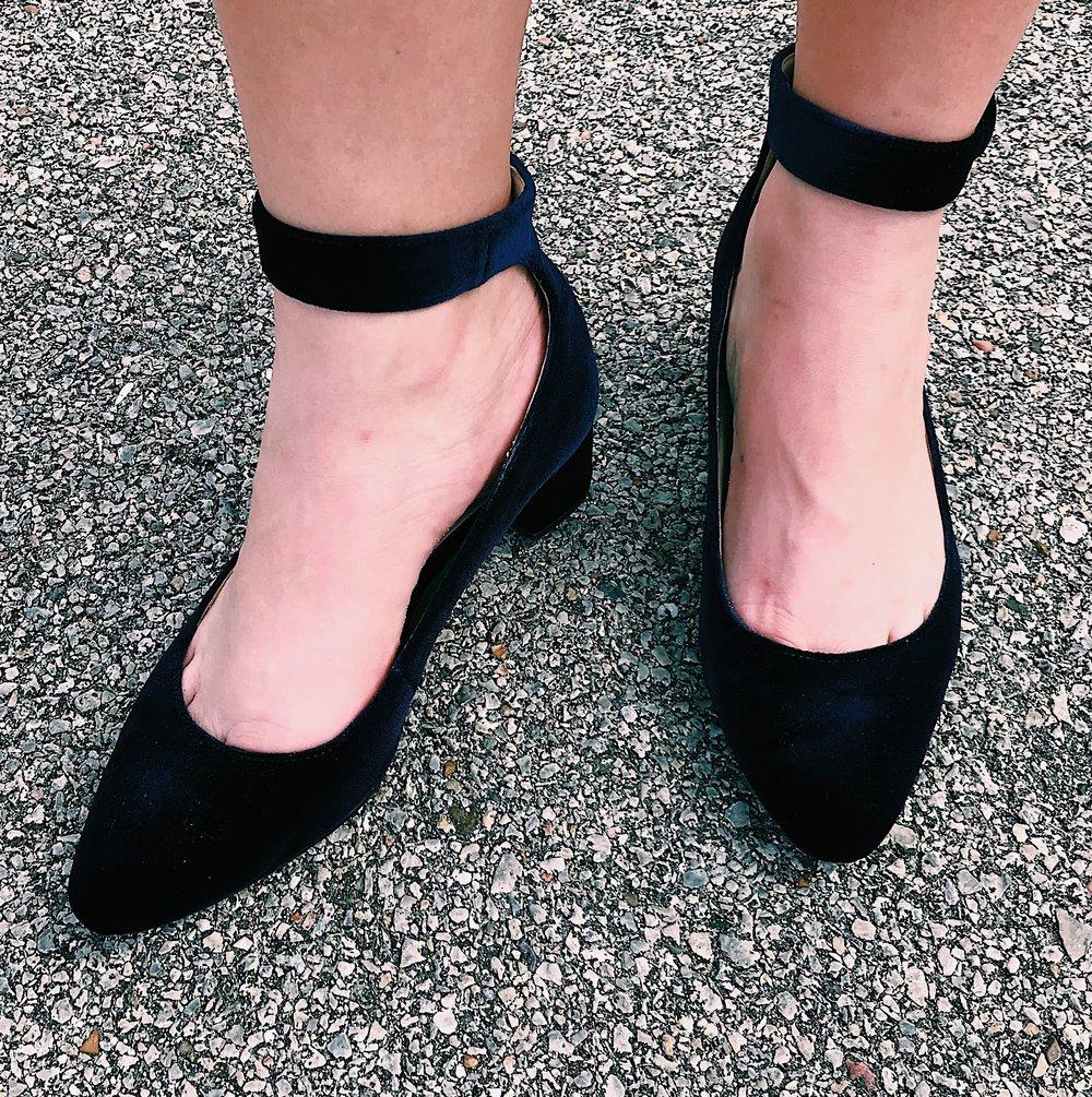 Three Heel Clicks - Crush on Velvet (16).jpg