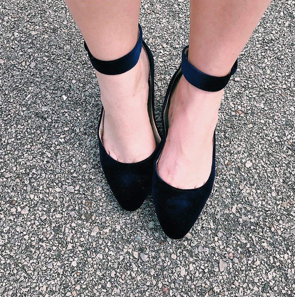 Three Heel Clicks - Crush on Velvet (4).jpg