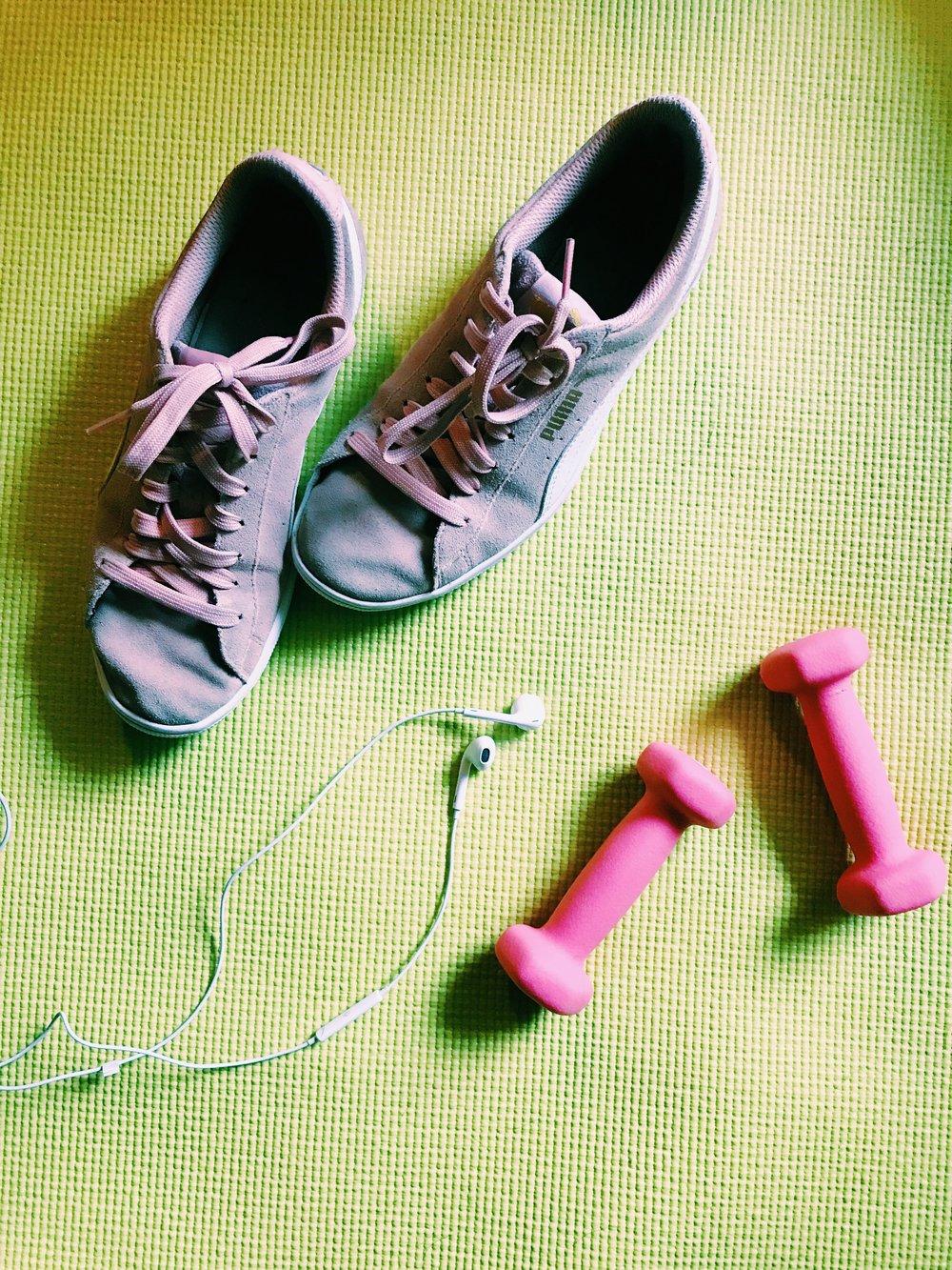 Three Heel Clicks - 2 Months of BBG (7).jpg